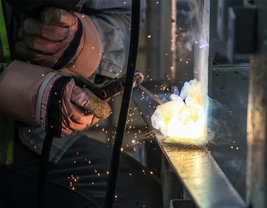 Mobile welding - Repairing and restoratioin services - BigFerro London